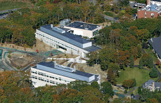 The Stanley W. Watson Laboratory (foreground) and the Marine Research Facility (background) provide new offices and laboratories for more than 90 WHOI employees.