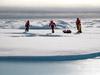 Sampling on sea ice