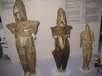 Inuit dolls