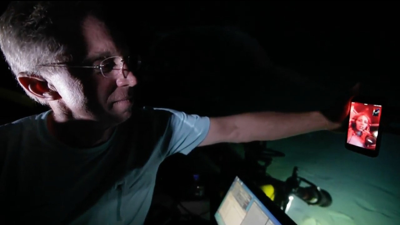 Image Of The Day: Can You Hear Me Now? : Woods Hole Oceanographic Institution Image Of The Day: Can You Hear Me Now? - 웹