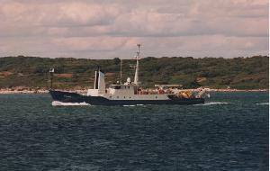 R/V Oceanus in Vineyard Sound