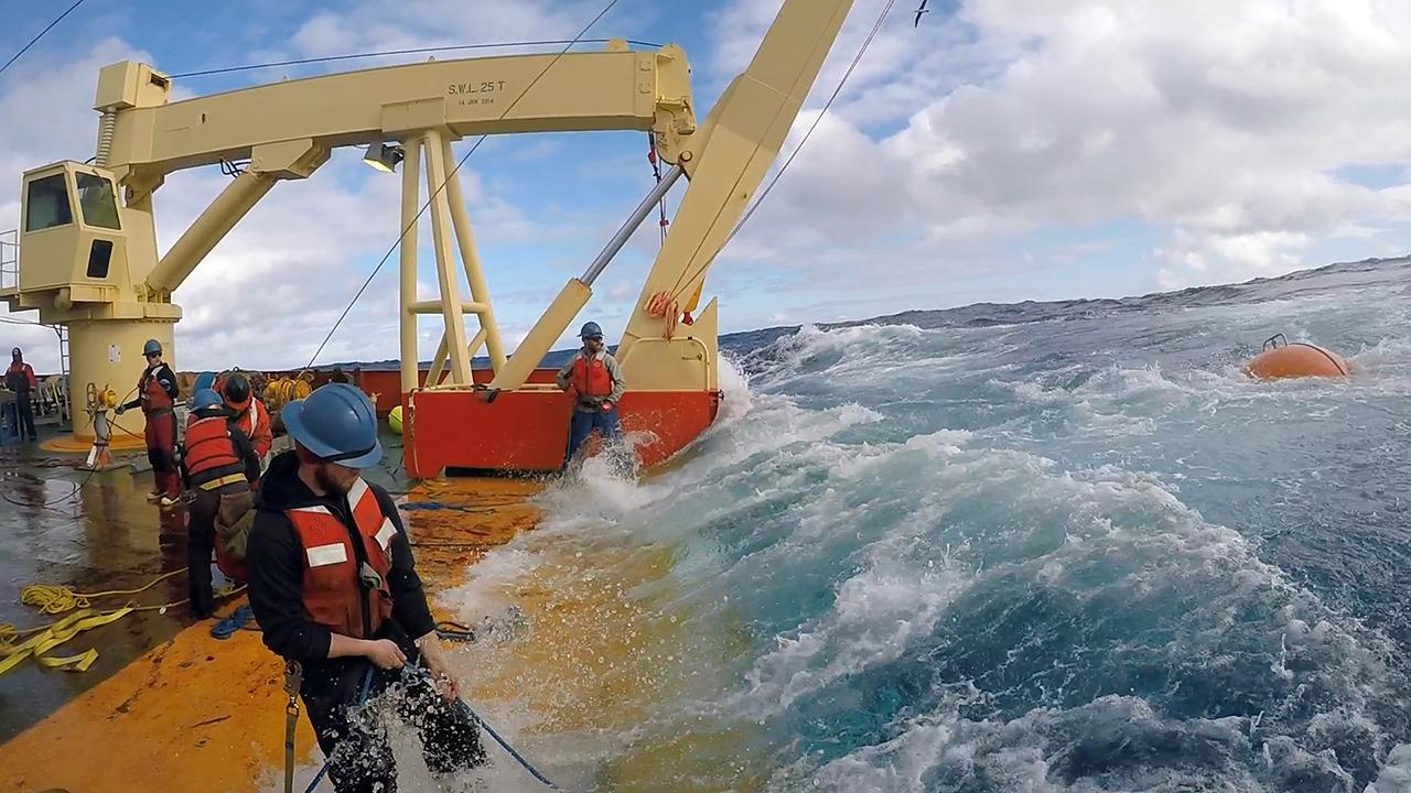 Southern Ocean mooring deployment