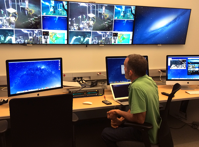 Telepresence oceanography