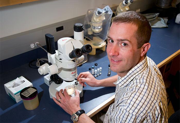 CINAR Postdoctoral Scholar Joel Llopiz