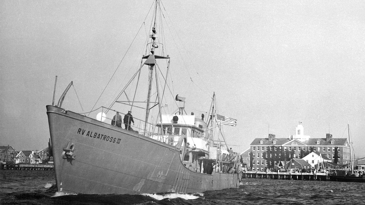 Research vessel Albatross 3