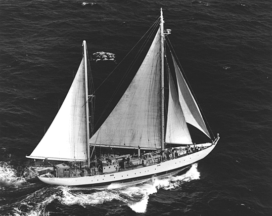 ketch R/V Atlantis