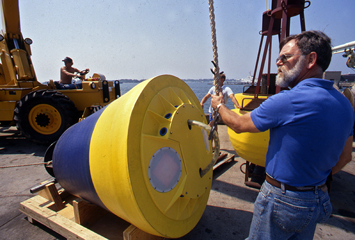 ice-ocean environmental buoy