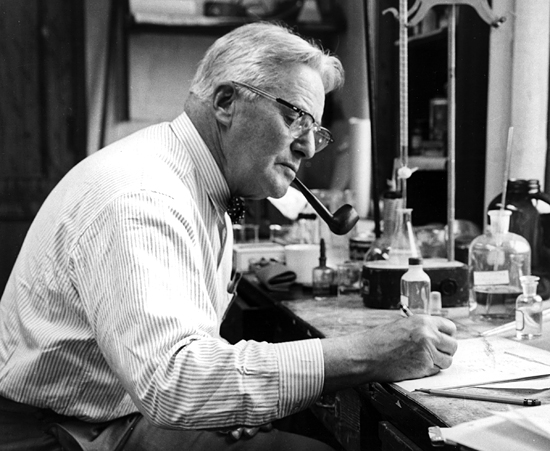 alfred redfield in his lab