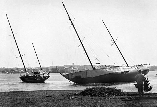 saluda and atlantis aground