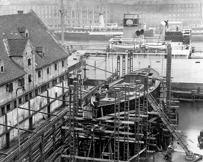 original RV Atlantis being built in Copenhagen shipyard
