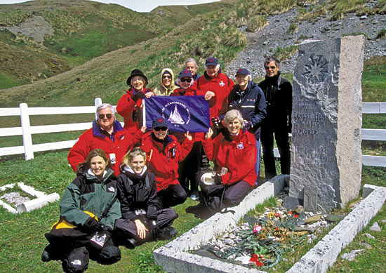 grave of Sir Ernest Shackleton