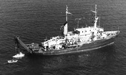 Atlantis II and Alvin
