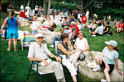 guests at the WHOI Summer Picnic