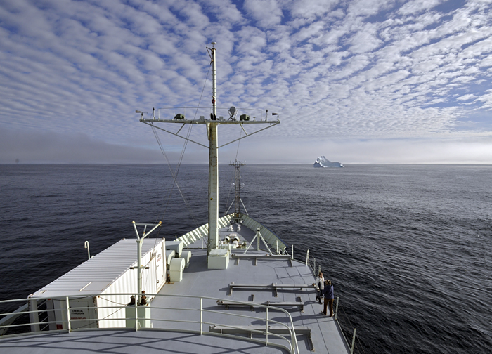 Knorr in Denmark Strait