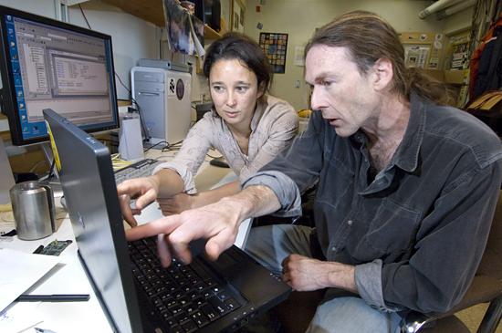 Natacha Aguilar De Soto and Mark Johnson reviewing D-tag data.