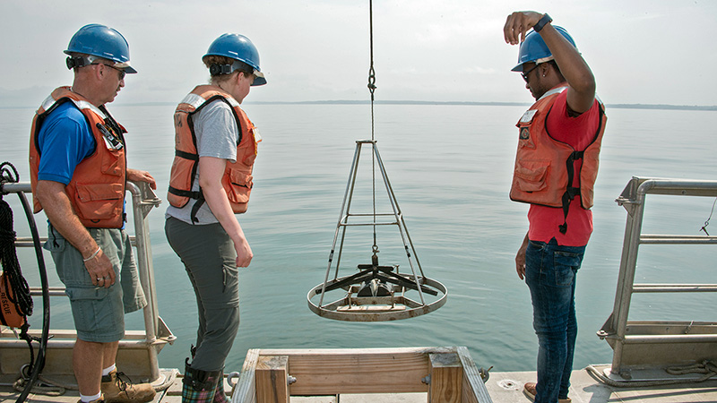 WHOI Summer Student Fellows