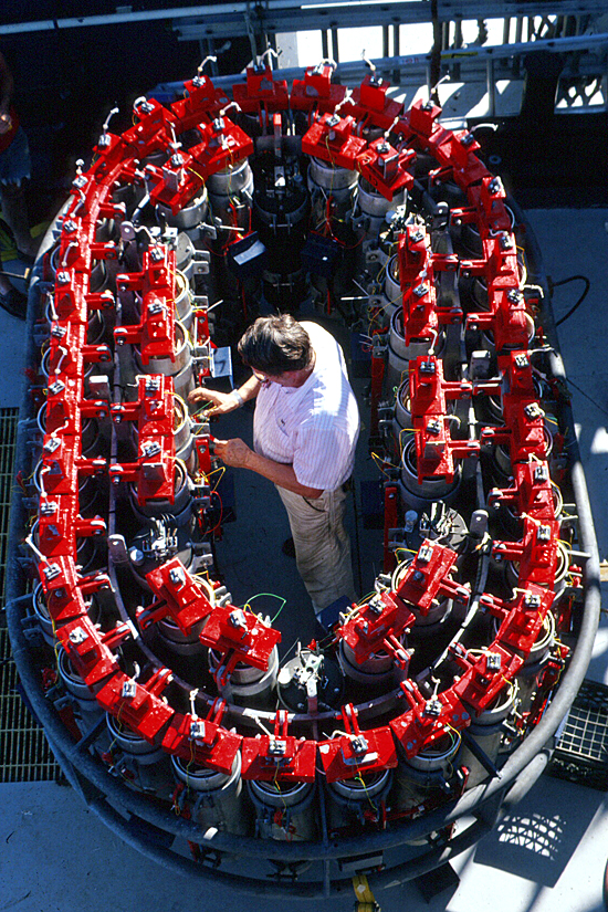 NOBEL [Near Ocean Bottom Explosives Launcher] on the fantail of the R/V Atlantis II at the East Pacific Rise in 1996.