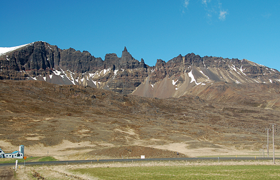 glaciated ridges in iceland