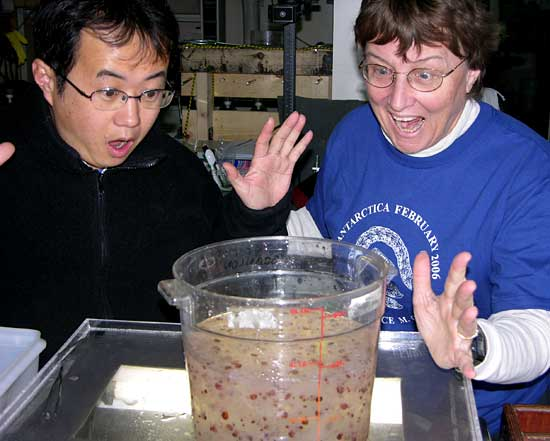 iologists Jun Nishikawa (University of Tokyo) and Patricia Kremer (University of Connecticut) react with exaggerated delight to finding nearly 13 liters of their target animals, salps,