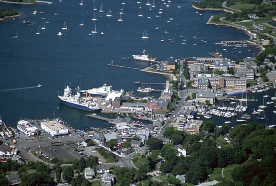 8.17.03, Woods Hole Village aerial.