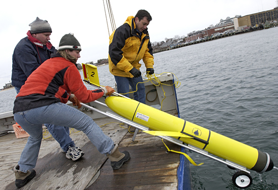 Glider test launch in Great Harbor