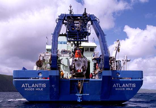 Aft view of R/V Atlantis on cruise AT3-14.