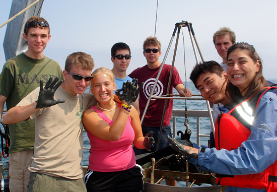 Summer Student Fellows onboard R/V Tioga.
