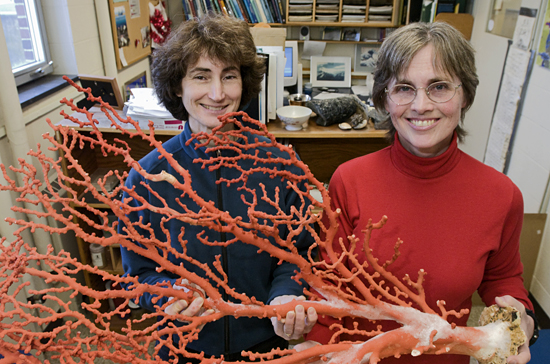 Lauren Mullineaux and Susan Mills with coral specimen.