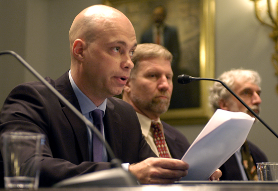 Rob Evans testifying before congress.