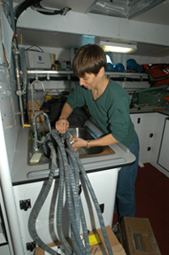 Heidi Soski in lab