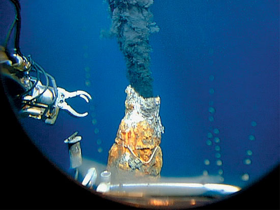 hydrothermal vent image taken from Alvin's personnel sphere