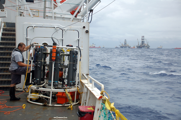 Knowledge of the plume structure gained by the use of the AUV Sentry guided the team in collecting physical samples for further laboratory analyses using a cable-lowered water sampling system that measures conductivity, temperature, and depth (CTD). The CTD was instrumented with a TETHYS mass spectrometer.