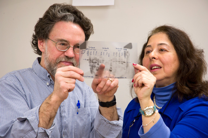 Mark Hahn works in lab with colleague Diana Franks.