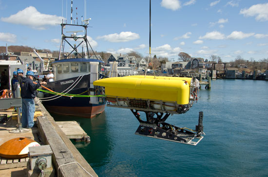 Image : Hybrid Remotely Operated Vehicle ?Nereus? Reaches Deepest ...