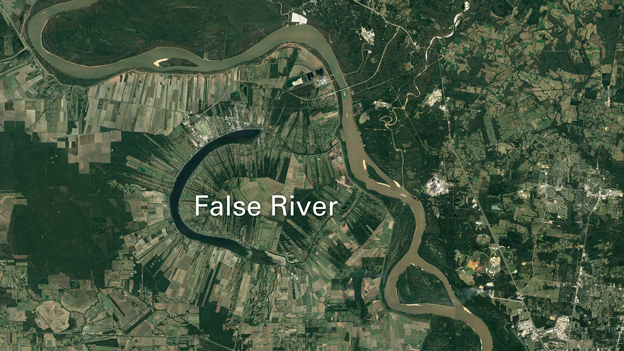 Google Earth map of False River lake in Mississippi