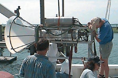 REMUS' underwater docking station