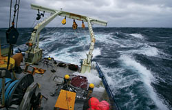 A research expedition aboard R/V Oceanus battled high seas and rough weather off Cape Hatteras in January 2005