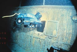 The undersea robotic vehicle Jason Jr. explores Titanic in 1986. (Woods Hole Oceanographic Institution)