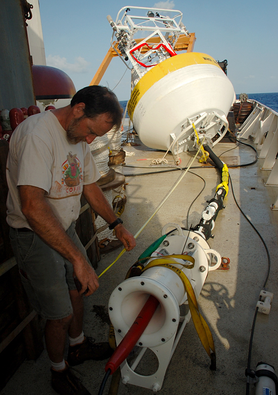 Jeff Lord assembling NTAS 7 mooring for deployment operations.