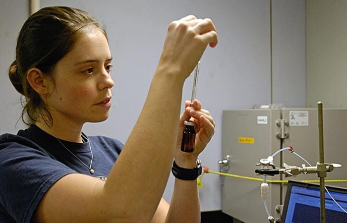 For Graduate Student, Research Is a Gas