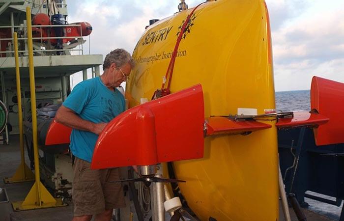 A Robot Is Resurrected at Sea