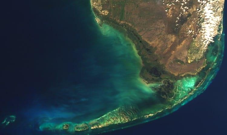 350_NASA_satellite_360873.jpg