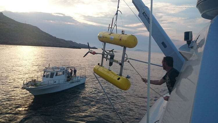 AUV_recovery_350_399793.jpg