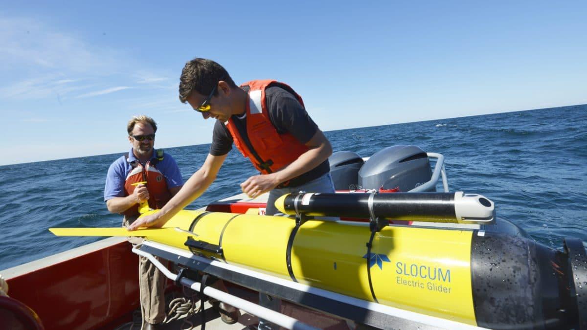 Free-swimming Ocean Gliders Help Scientists Understand Storm Intensity