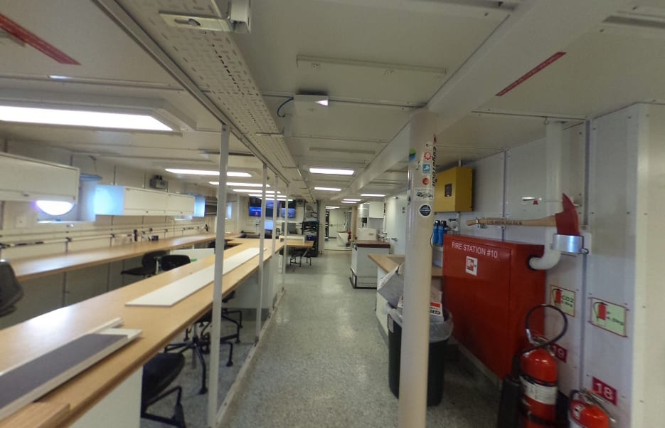 main lab aft