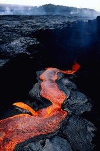 topics_volcano_lava_en2_116167.jpg