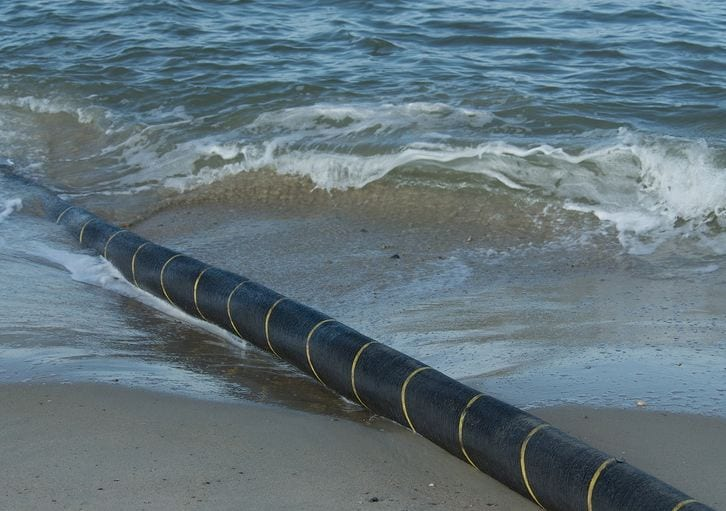 A new submarine cable set to run along the East African coast and into the Red Sea is being planned for launch, which will help boost internet speed and mobile communication in Tanzania. (©clubofmozambique.com)
