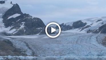 GlaciersPlayThumbs