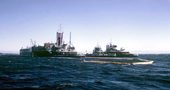Oil Barge Bouchard 65 (Photo by George Hampson, Woods Hole Oceanographic Institution)